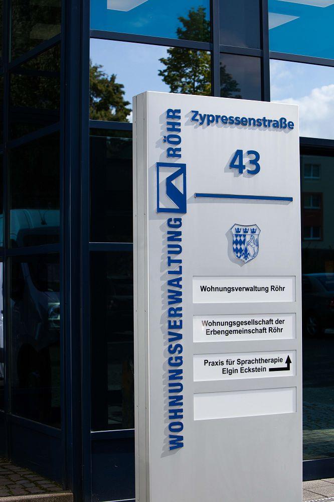 Wohnungsverwaltung Röhr Heimersdorf Einkaufszentrum Haselnußhof